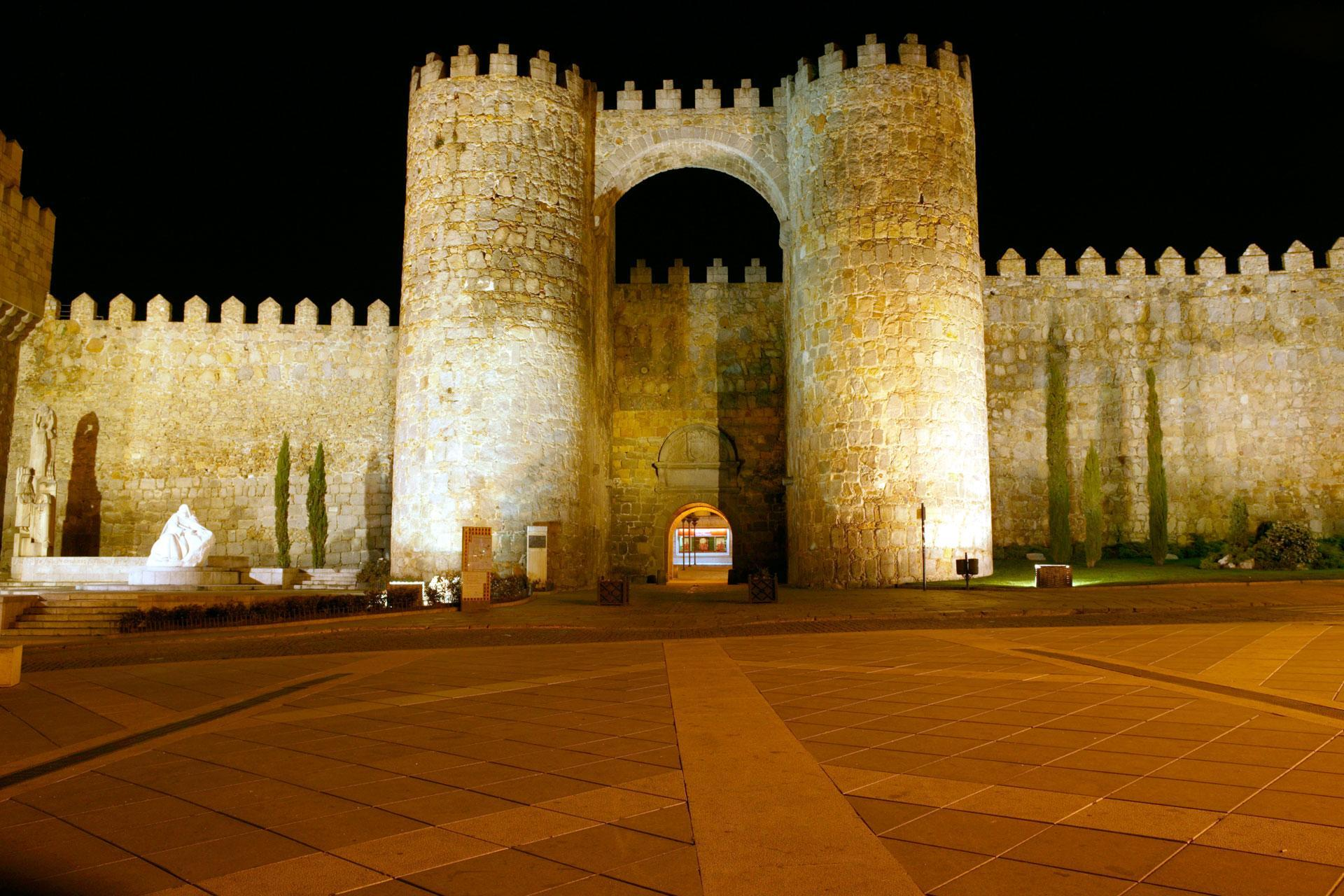 Ávila: RELIGIOSITY, HISTORY AND TRADITION